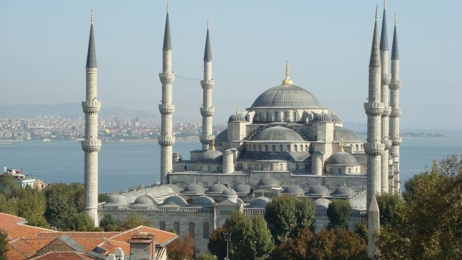 Hanbali Scholars on the Caliphate & its Jurisprudence