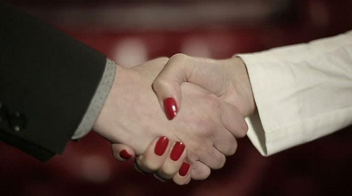 Switzerland: Students face $5k fine for not shaking teacher's hands