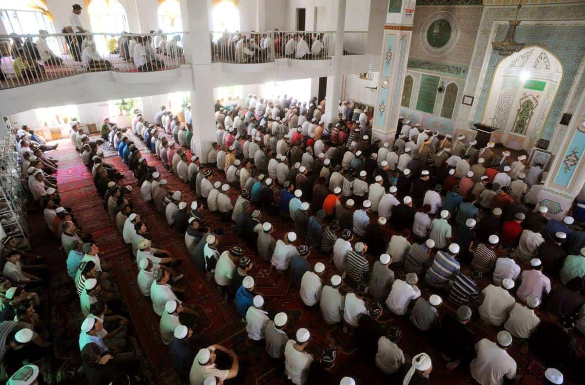 China bans Muslims from fasting in Xinjiang region again