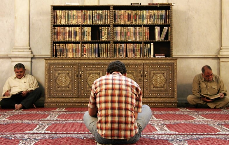 Hastening to Adhere to the Sunnah: Importance & Practical Tips